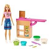Barbie Métiers Coffret poupée blonde et son atelier de pâtes, deux pots de pâte à modeler et accessoires, jouet pour enfant, GHK43
