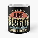 N\A Vin-Tage, Junio de 1960, Todas Las Piezas Originales, Nacido en el 60.o Regalo de cumpleaños, 60 años, Taza clásica,...