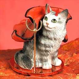 Silver Maine coon Little Devil Cat figurine