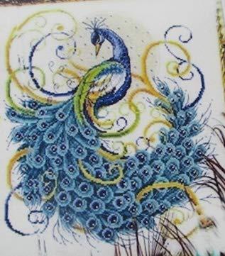 ししゅう糸 クロスステッチ刺繍キット 布地に図柄印刷 美麗孔雀