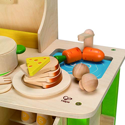 Hape My Creative Cookery Wooden Kitchen is the best wood play kitchen for small spaces