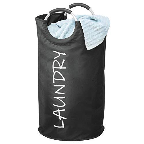 mDesign Cubo para ropa sucia – Estrecha bolsa de colada de poliéster recubierto con asas de aluminio – Cesta plegable para lavandería con estampación moderna – negro y blanco