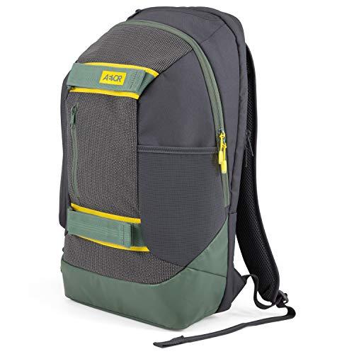 AEVOR Bookpack - ergonomischer Rucksack, 26 Liter, Laptopfach, Skate Board Tragesystem - Echo Green - Grün