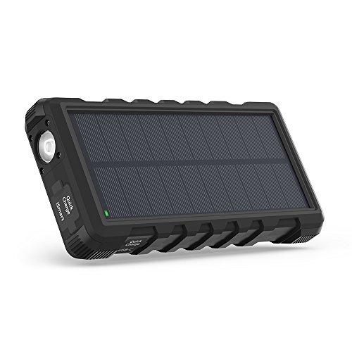 RAVPower ソーラーモバイルバッテリー 25000mAh QC3.0充電対応 MicroUSB+Type-C入力 3ポート付き ソーラーパネル 太陽光充電 ソーラーパワーバンク 外付けバッテリーパック 耐衝撃・IPX66防水規格 アウトドアポータブル充電器 (黒)