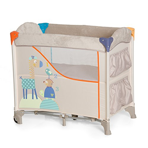 Hauck Beistellbett Sleep N Care / Reisebett für Babys ab Geburt bis 9 kg / Rollen / Stauraum und Spielzeugtaschen / Kompakt Faltbar / Trage Tasche / Beige