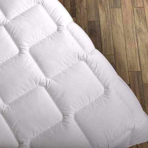 Wendre Premium Bettdecke Flauschige, Weiche & Warme Decke | Ideal für Allergiker | Waschmaschinenfest | Mikrofaser Bezug | 200x220 - Super King Size | Weiß