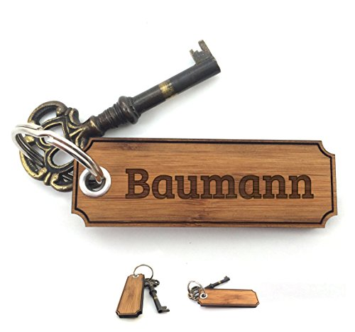 Mr. & Mrs. Panda Schlüsselanhänger Baumann Classic Gravur - 100% handgefertigt aus Bambus Holz - Anhänger, Geschenk, Nachname, Name, Initialien, Graviert, Gravur, Schlüsselbund, handmade, exklusiv