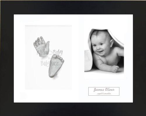 Anika-Baby Kit de moulage pour bébé Cadre 3 ouvertures Noir Passe-partout blanc/fond blanc/peinture argenté 29,1 x 21,6 cm