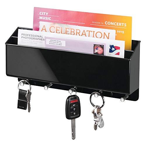 mDesign Schlüsselbrett mit Ablage - vielseitiges Schlüsselboard aus robustem Hartplastik mit Briefablage für Post oder Handys