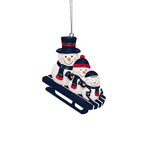 Forever Collectibles UK NEW ENGLAND PATRIOTS SNOWMEN SLEDDING ORNAMENT