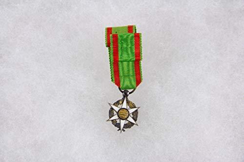 Ordensminiatur, Frankreich, 20. Jh, Miniatur zum Orden für Landwirtschaft, 14 Karat Gold, im Ring gepunzt, am Band. H: 24 mm
