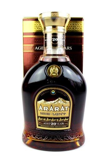 """ARARAT Brendy """"Nairi"""" 20 Jahre 40% 0,5L"""