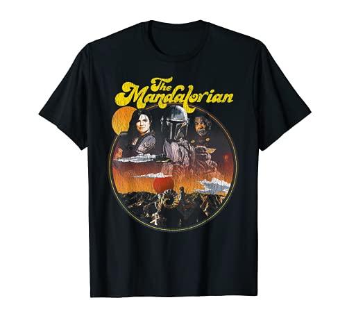 Star Wars: The Mandalorian Group Shot Groovy Circle Title Camiseta