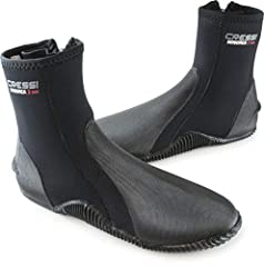 3 mm Neoprene Ultra Durable Short Boots with Anti-Slip Sole, ideal for any Water Sport: snorkeling, scuba diving, free diving, swimming, rafting, etc. Made of Super Elastic and Ultra Durable Nylon ll Neoprene Rubber to ensure comfort and a perfect co...