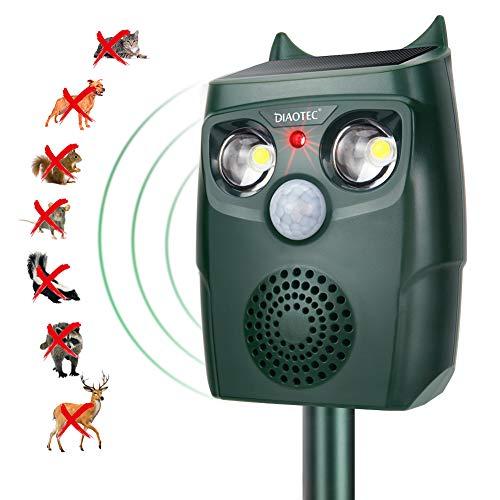 Diaotec Ultrasonic Animal Outdoor Repellent Solar Powered Cats Birds Detectors Repeller Dogs Deterrent with Motion Sensor for Farm Garden Yard