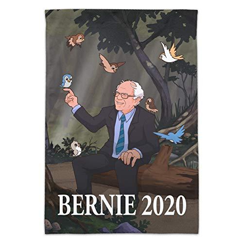 GRAPHICS und MORE Bernie Sanders 2020 Flagge mit Vögeln im Wald Retro Cartoon Garten Hofflagge (Stange nicht im Lieferumfang enthalten)