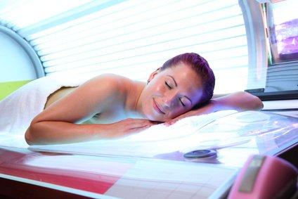 Desinfektionsreiniger Wellness/Spa 1L zur Reinigung und gleichzeitigen Desinfektion zur Reinigung und Desinfektion besonders für Solarium Sauna-, Yogamatten-, Fitnessgeräte-, Massageliegenreiniger - 5