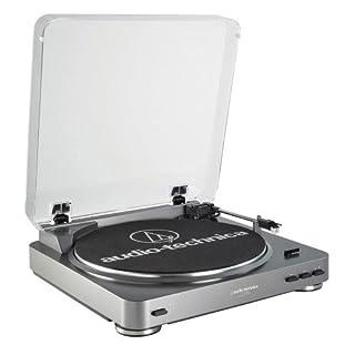 trazione a cinghia - completamente automatico 2 velocità selezionabili: 33/45 rpm - piatto professionale in alluminio - testina a magnete mobile audio-technica (inclusa) - tappetino sottodisco (in dotazione) uscita analogica selezionabile (phono / li...