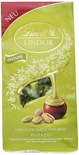 Lindt Lindor Beutel Pistazie, Vollmilchschokolade mit zartschmelzender Füllung und Pistaziengeschmack, 3er Pack (3 x 137 g)