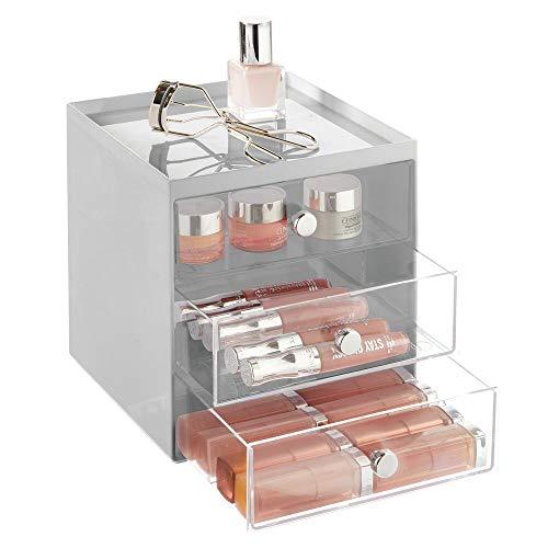 mDesign Organizador de maquillaje – Caja de almacenamiento apilable con 3 cajones para rímel, polvos, pintaúñas, etc. – Organizador de cosméticos para baño, tocador o despacho – gris y transparente