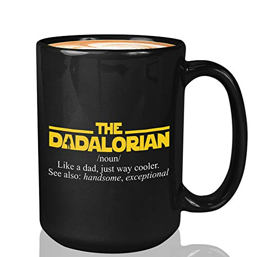 Taza de café de la serie de TV – The Dadalorian Definition Like A Dad – The Mandalorian Star Wars Kuiil Alien Space Mando Jedi Skywalker Kenobi Science Fiction B