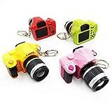 Llavero de cámara, Llavero en Forma Camara Digital, Mini Linterna 4 Colores con luz LED y Llavero con Sonido de Obturador, Llavero Decorativo de Cámara Fotográfica