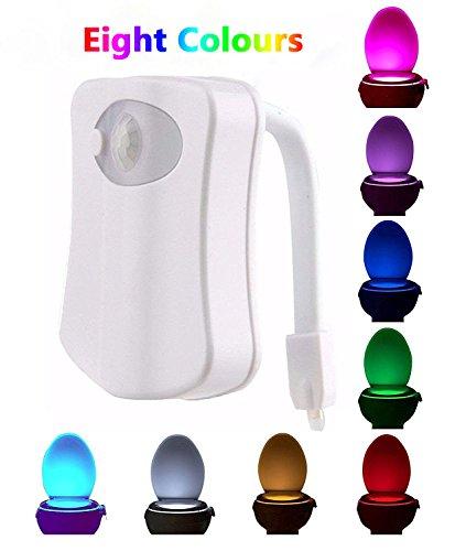 Lumière de nuit de toilette de Blingco, capteur de LED Lumière de toilette de mouvement activée fonctionnant à la batterie, 8 couleurs changeant lumière de bol de toilette de lumière de nuit