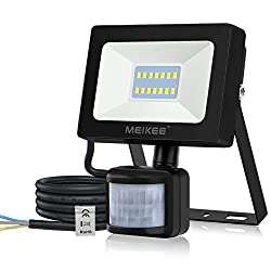 【Newly Upgraded LED Beads】: MEIKEE security lights with motion sensor is constantly innovating. SMD technology, 15W instead of 10W, brighter than before, achieve higher brightness, provide security illumination for your home or other business accommo...
