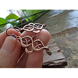 ✿ KELTISCHER KNOTEN IN KUPFER & JAPANISCHE MATTE GLASPERLE AN FORMSCHÖNEN HAKEN ✿ wunderschöne romantische Ohrringe in…