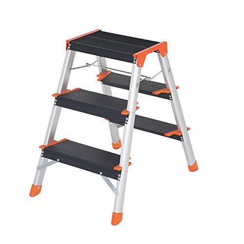 SONGMICS Leiter mit 3 Stufen, Aluleiter, A-Form, Klappleiter, beidseitig, 12 cm breite Stufen mit Riffelung, Haushaltsleiter, leicht, rutschfeste Füße, mit bis zu 150 kg belastbar, Silber GLT23BK