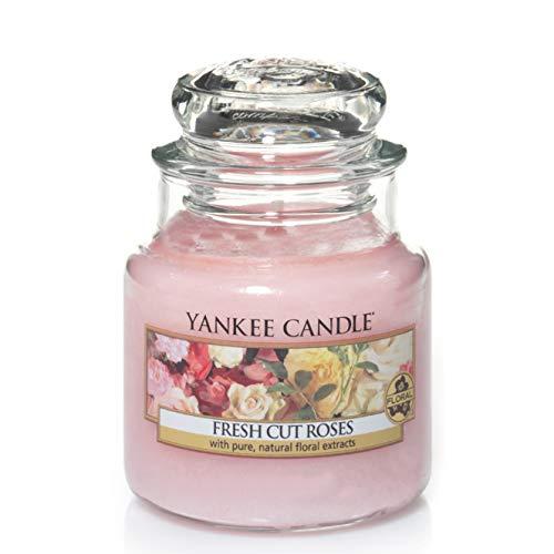Yankee Candle Candela profumata in giara piccola   Rose appena recise   Durata Fino a 30 Ore