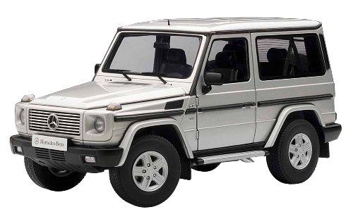 AUTOart 1/18 Mercedes Benz G500 SWB (silver)