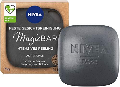 NIVEA MagicBar Feste Gesichtsreinigung Intensives Peeling (75g), mattierendes Gesichtspeeling gegen Mitesser, zertifizierte Naturkosmetik mit Aktivkohle