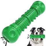 HETIAL Juguetes masticables para perros de cráneo para masticar agresivos, juguetes chirriantes con sabor a leche, juguetes indestructibles resistentes y duraderos para perros (verde)