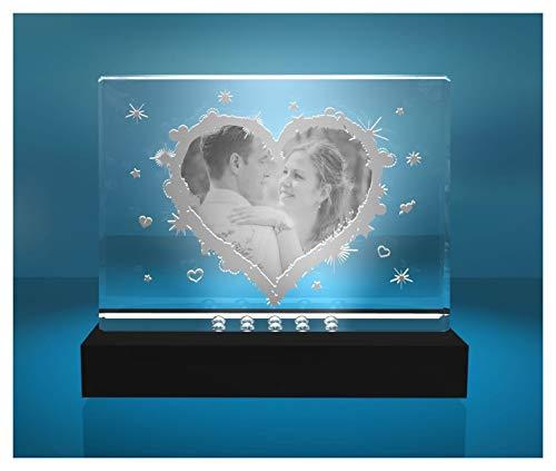 VIP-LASER Glasfoto Selbststehend Motiv: Herz mit Deinem eigenen Foto graviert. EIN tolles Geschenk zu Weihnachten und dem Jahrestag (incl. LED-Leuchtsockel (empfohlen))