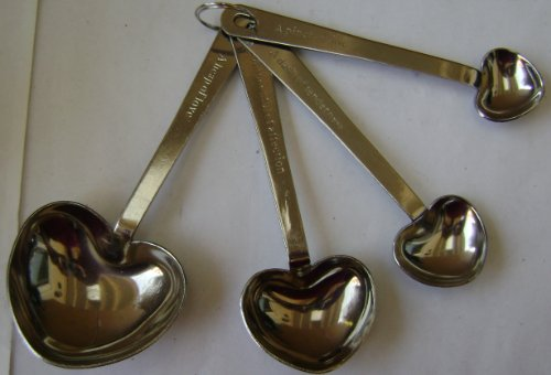 4-piece Heart Shaped Stainless Steel Measuring Spoons Wedding Favors in Mesh Pouch - 1 Tablespoon, 1 Teaspoon, 1/2 Teaspoon, 1/4 Teaspoon