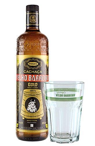 Cachaça Velho Barreiro GOLD 1 L Geschenk-Set/brasilianischer Qualitäts-Zuckerrohrrum plus 1 Caipirinha Glas mit VELHO BARREIRO Aufschrift