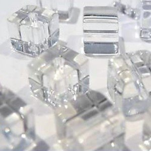 50 pezzi 8 mm Clipped Cube Style Value Crystal Glass Beads – Clear – A3076