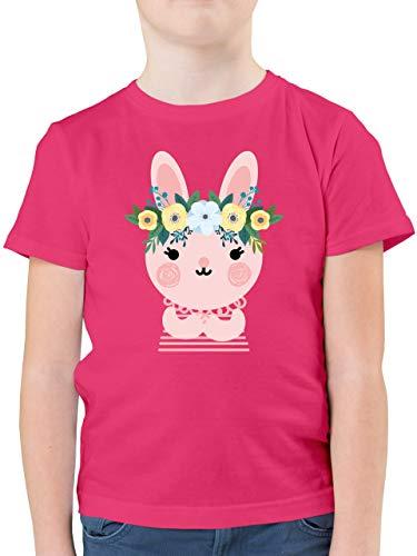 Tiermotive Kind - Hase mit Blumenkranz - 128 (7/8 Jahre) - Fuchsia - Kurzarm - F130K - Kinder Tshirts und T-Shirt für Jungen