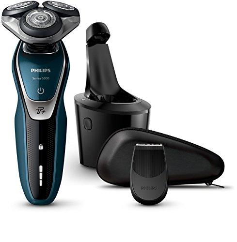Bild des Produktes 'Philips Series 5000 AquaTouch Nass- und Trockenrasierer S5672/26 mit Präzisionstrimmer, SmartClean Reinigungsstation'