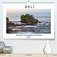 Bali, tropisches Inselparadies in Indonesien (Premium, hochwertiger DIN A2 Wandkalender 2022, Kunstdruck in Hochglanz): Bali verzaubernd mit atemberaubenden Straenden, historischen Tempeln und einer authentischen Kultur. (Monatskalender, 14 Seiten )