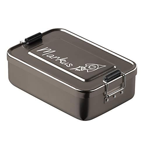 elasto Personalisierte Vesperbox mit Gravur BPA-Freie Brotdose mit Namen 17 x 12 x 5 cm Brotzeitbox Metall für Kinder und Erwachsene Tolles Geschenk für Schule Kindergarten Arbeit (Anthrazit-Rakete)