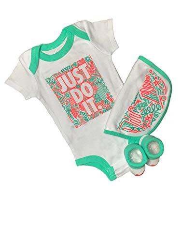 Nike Conjunto para bebé con babero, pelele y calcetines. blanco 60/70 cm
