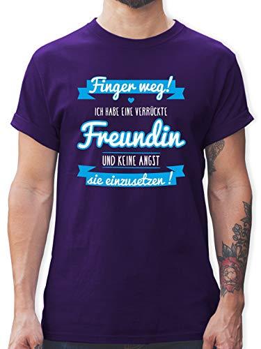 Partner-Look Pärchen Herren - Ich Habe eine verrückte Freundin blau - XXL - Lila - Finger Weg ich Habe eine verrückte Freundin - L190 - Tshirt Herren und Männer T-Shirts