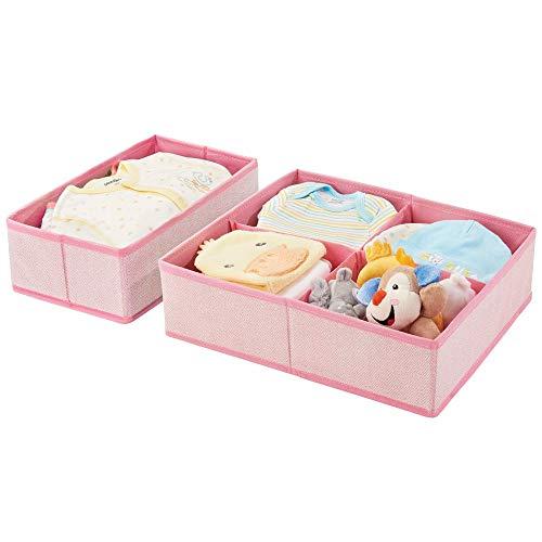 mDesign 2er-Set Aufbewahrungsboxen für Kinderzimmer, Bad usw. – Kinderzimmer Aufbewahrungsbox mit vier Fächern plus einem Fach – Kinderschrank Organizer aus Kunstfaser – rosa mit Fischgrätenmuster