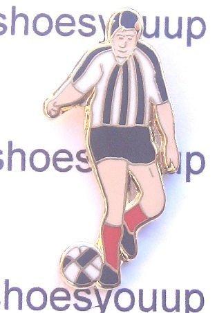 St. Mirren 1960's Retro Style Footballer Pin Badge