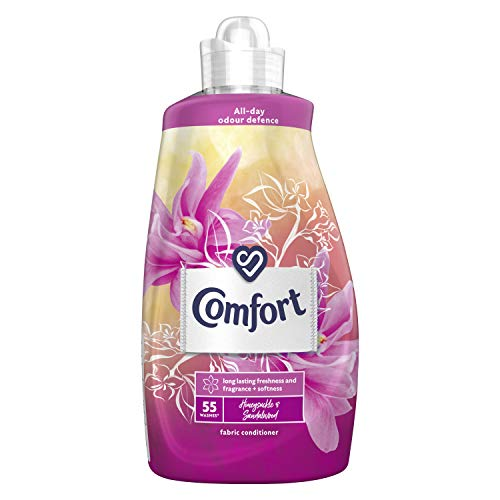 Comfort Honeysuckle & Sandalwood all-day odour defence for your clothes Fabric Conditioner for long-lasting freshness and fragrance + softness 55 Wash 1.925L