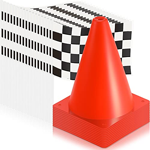 30 Piezas Conos de Tráfico y Banderas a Cuadros de Carreras Incluye 12 Mini Conos de Seguridad Deportivos Naranjas y 18 Banderas a Cuadros en Blanco y Negro para Fiesta Coche Carreras