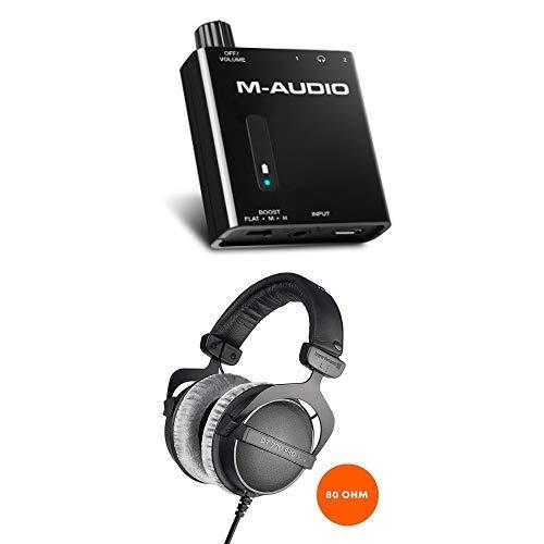 M-Audio Bass Traveler + Beyerdynamic DT 770 Pro - Batteriebetriebener Kopfhörer-Verstärker mit 2-Level Bass Boost und 80 Ohm Over-Ear-Studiokopfhörer für professionelles Recording und Monitoring