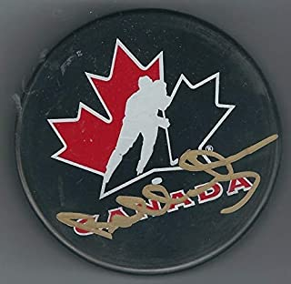 Autographed Signed Bobby Orr Canada Hockey Puck Jsa - Certified Authentic